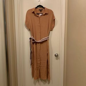Forever 21 Dresses - 🔴NWT F21 Belted Midi Shirt Dress
